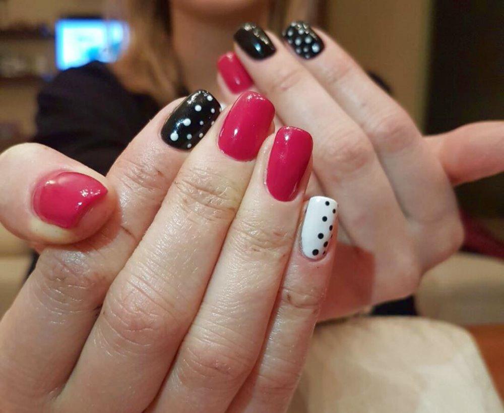 RICOSTRUZIONE GEL Per unghie perfette in ogni occasione